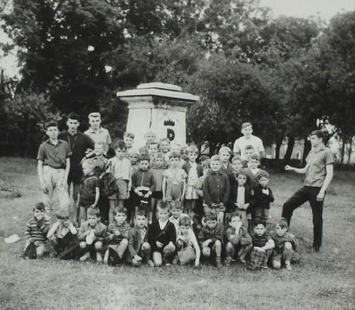 Holl 1962 plaine jeux.jpg