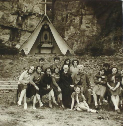 fill camp grotte.jpg